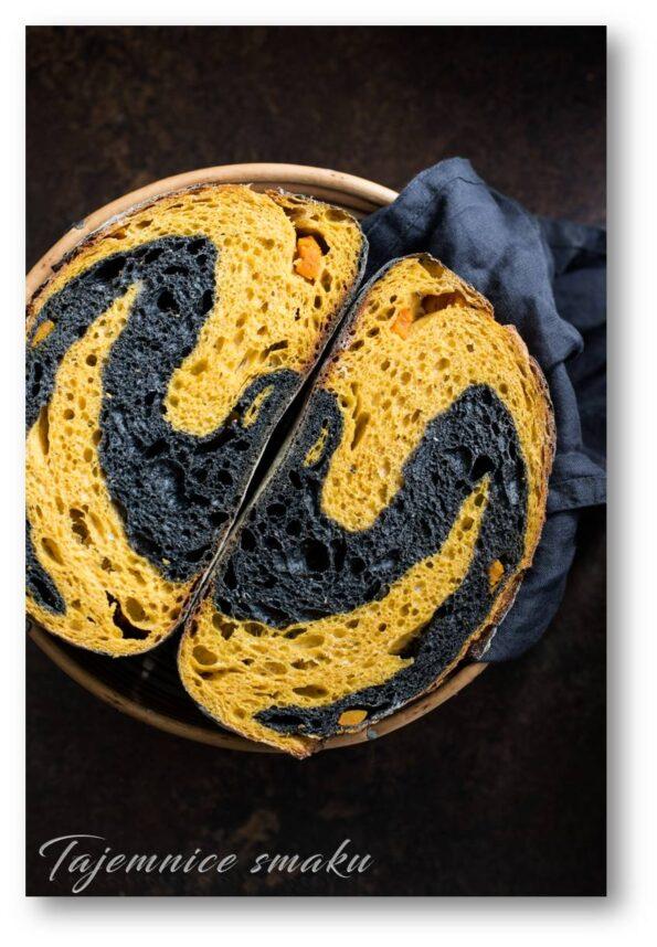 kolorowy chleb z dynią i sepią