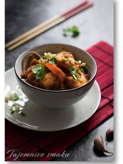 stir fry z krewetkami w pikantnym sosie