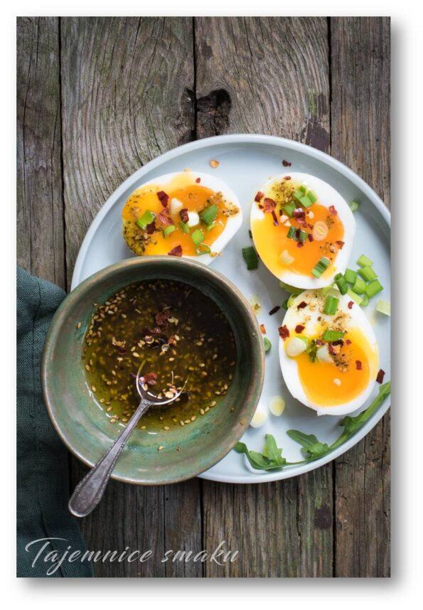śniadaniowe jajka z zatarem przepis palestyna