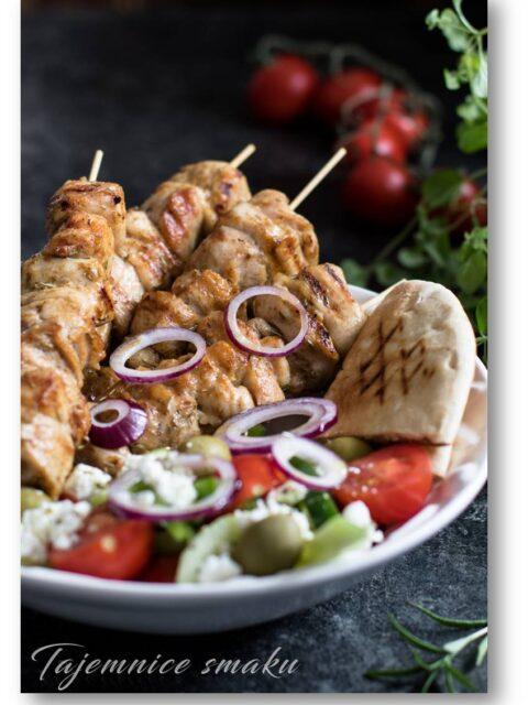 greckie grillowane suwlaki z indyka