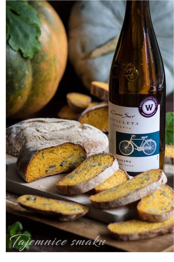 ciabatta dyniowa pieczywo drożdżowe białe wino