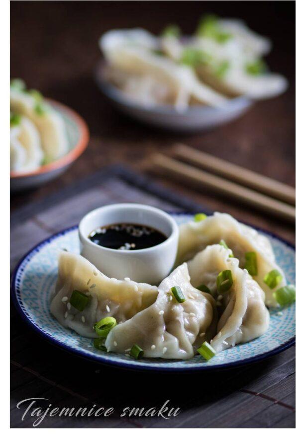 pierogi mandu koreańska kuchnia